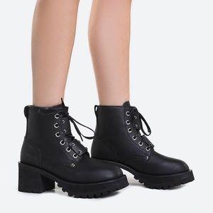UNIF Dedi boots size 7